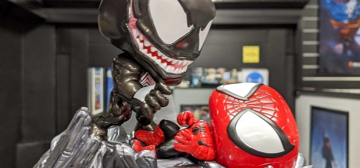 Spiderman vs Venom Comic Moment Funko Pop